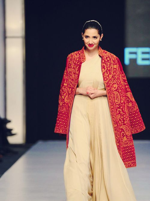Mahira Khan in Red