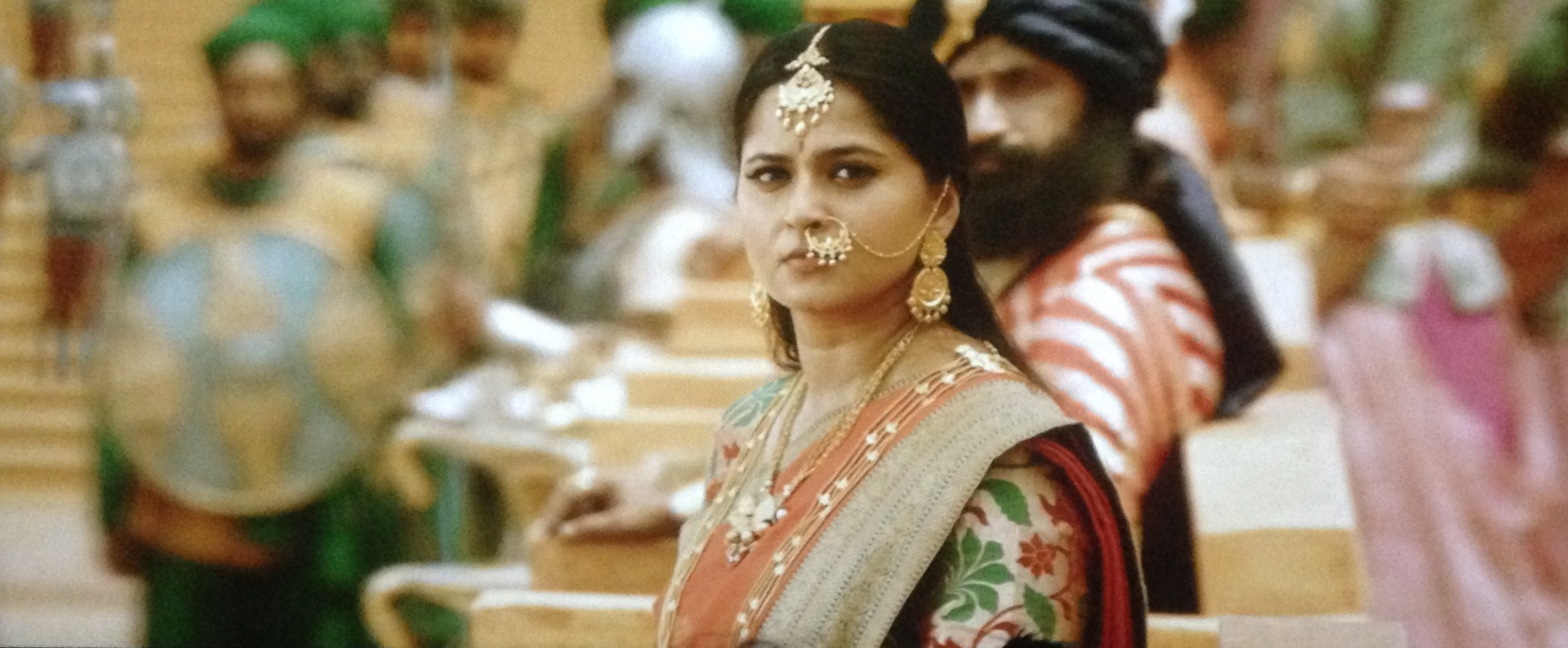 Anushka Shetty in bahubali 2 The conclusion, Anushka Shetty angry look in bahubali 2